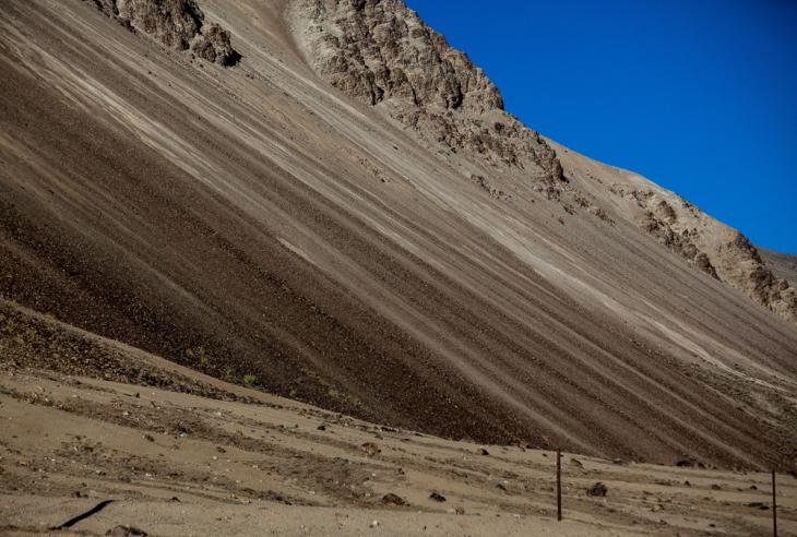 Tajikistan 167 - On the road to Alichur