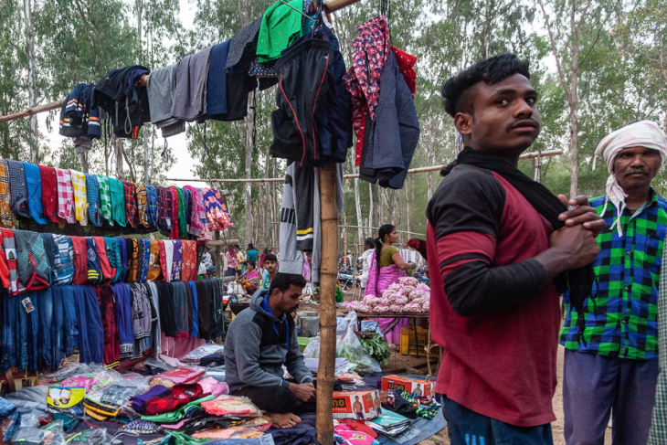 India - Chhattisgarh 168 - Tribal market on the road to Jagdalpur