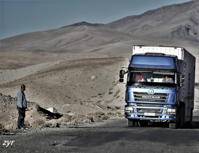Tajikistan 170 - On the road to Alichur