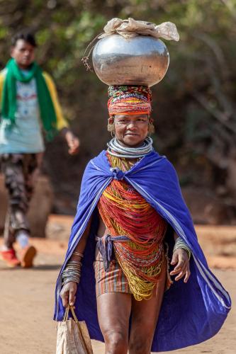 India - Odisha 199 - Ankadeli market - Bonda tribe