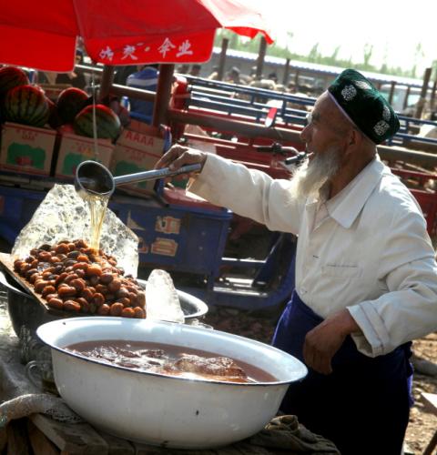 China - Xinjiang 290 - Kashgar - Sunday animal market