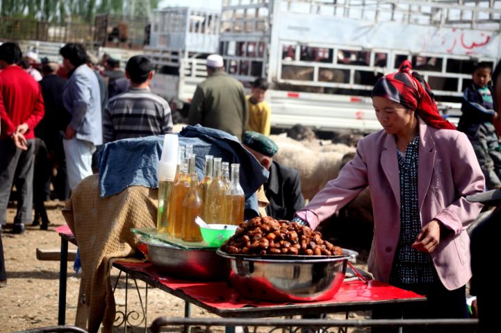 China - Xinjiang 325 - Kashgar - Sunday animal market