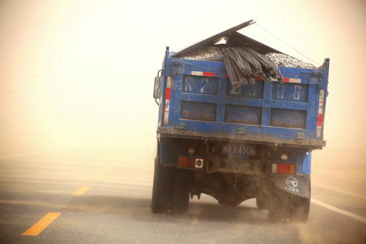China - Xinjiang 637 - On the road to Hotan