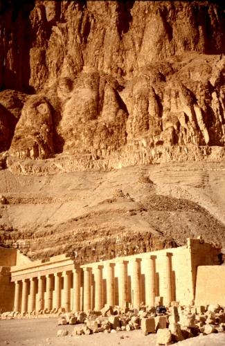 Egypt - Luxor 002 - West Bank - Hatshepsut temple