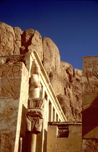 Egypt - Luxor 003 - West Bank - Hatshepsut temple