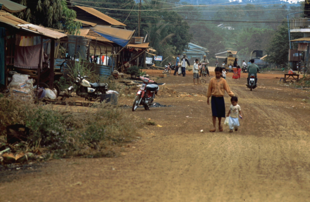 Το να βγαίνουμε στο Βιετνάμ στην Καμπότζη