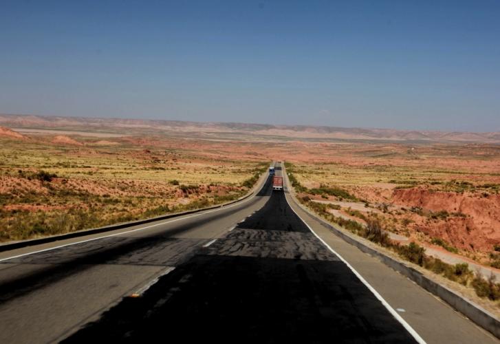 Bolivia - Itinerary La Paz-Sajama-Coipasa 018 / On the road to Sajama