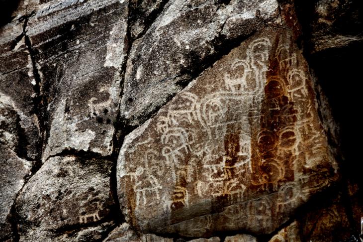 Pakistan - Altit 059 - Sacred Rocks of Hunza