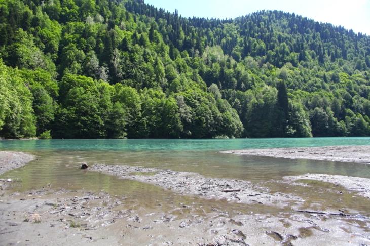 Abkhazia - Caucasus 022 - Lake Ritsa
