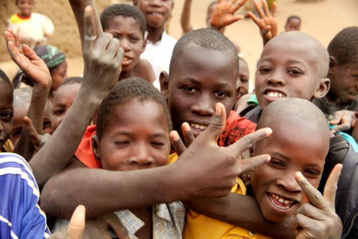Burkina Faso 028 - Village stop on the way to Aribinda