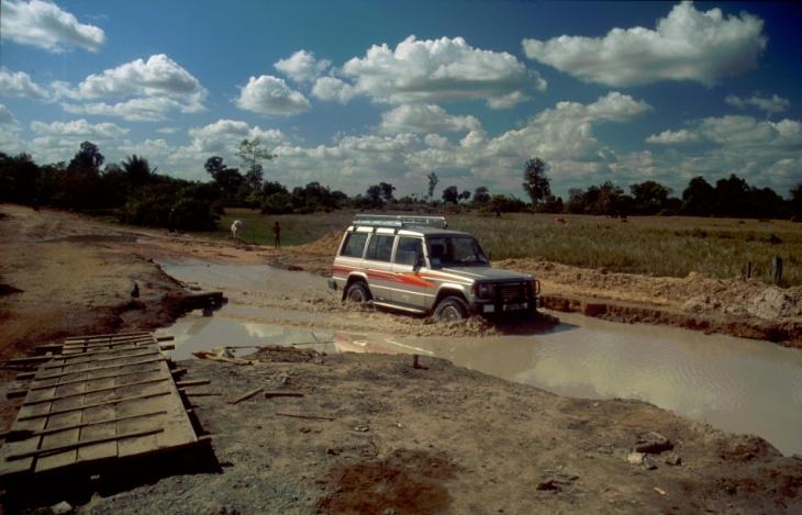 Central Cambodia 061 - On the road to Sambor Prei Kuk