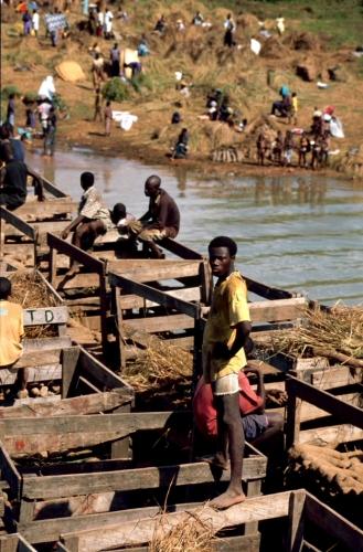 Ghana - Volta 020 - Yapei Queen