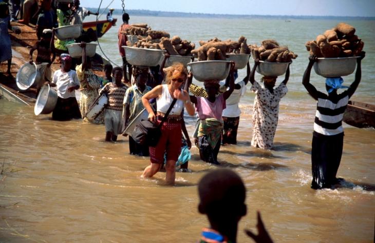 Ghana - Volta 036 - Yapei Queen
