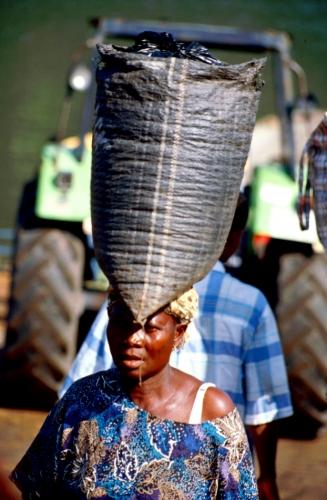 Ghana - Volta 079 - Yapei Queen