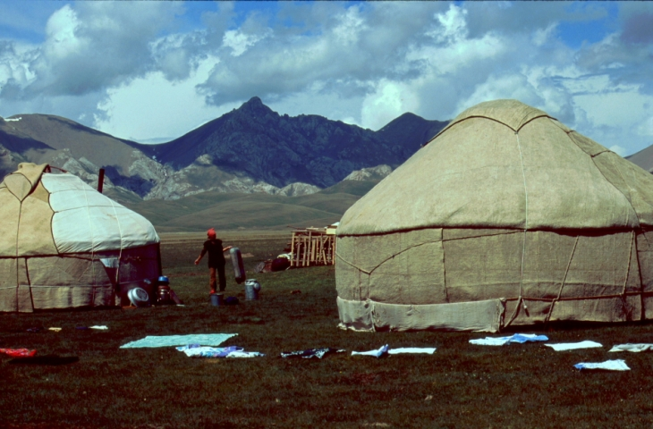 Kyrghystan - Son Kol 31