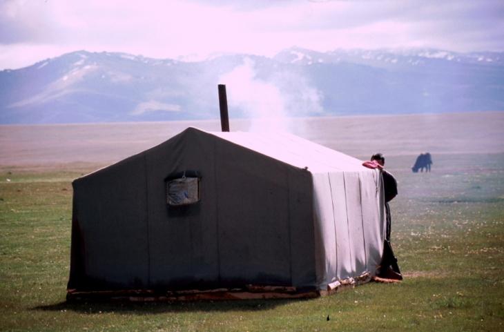 Kyrghystan - Son Kol 36