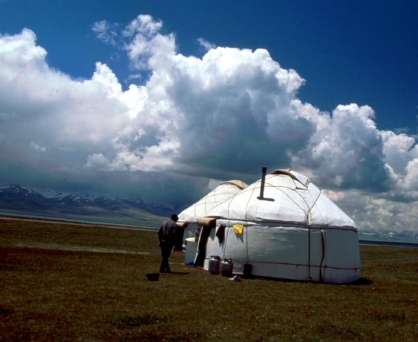Kyrghystan - Son Kol 73
