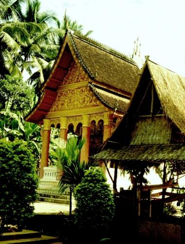 Laos - Pak Ou 22