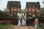 Sri Lanka 001 - Polonnaruwa - Potgal Viharaya