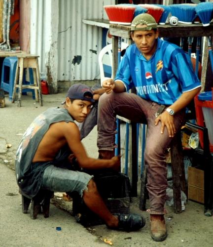 Guatemala - Rio Dulce 030 - Fronteras