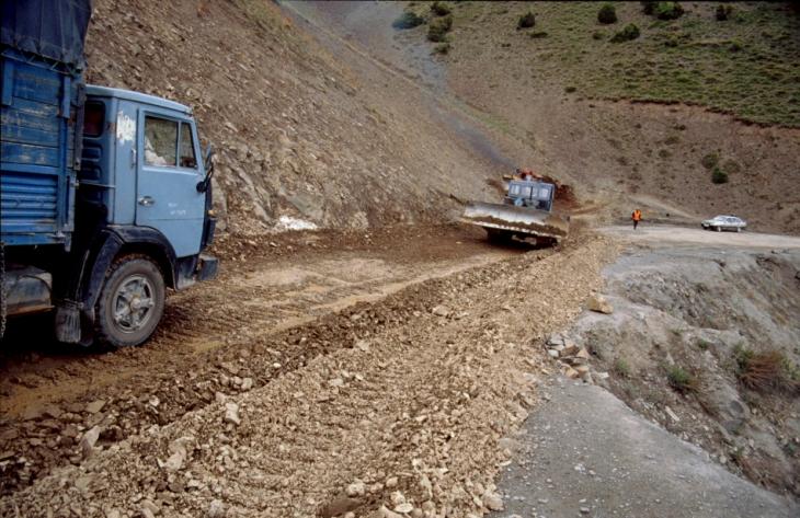 Tajikistan 046 - On the road to Istaravshan