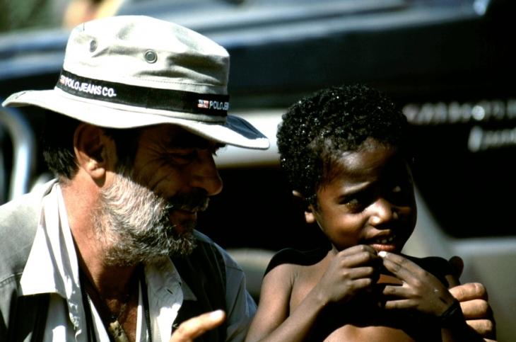Madagascar 06 - On the road to the Tsingy of Bemaraha