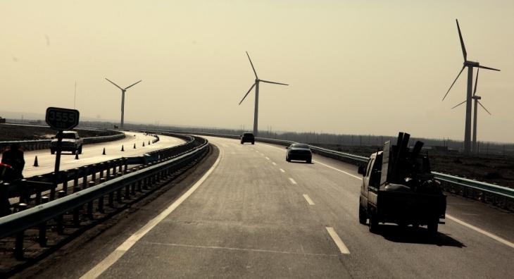 China - Xinjang 003 - On the road to Turpan