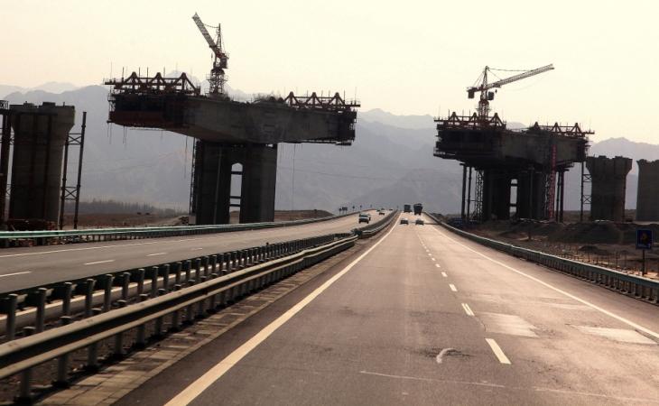 China - Xinjang 004 - On the road to Turpan